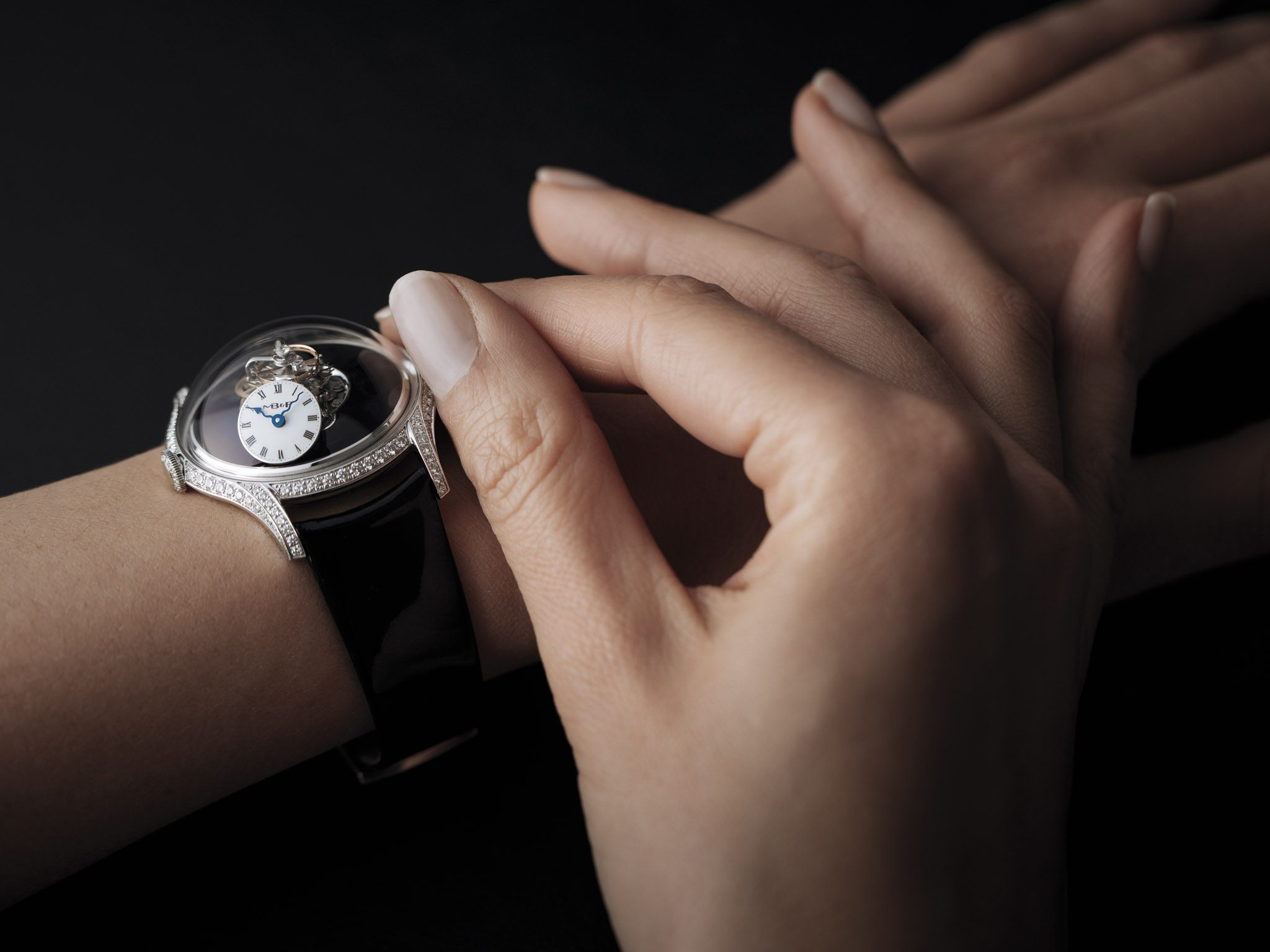 MB&F: LM Flying T Black Lacquer